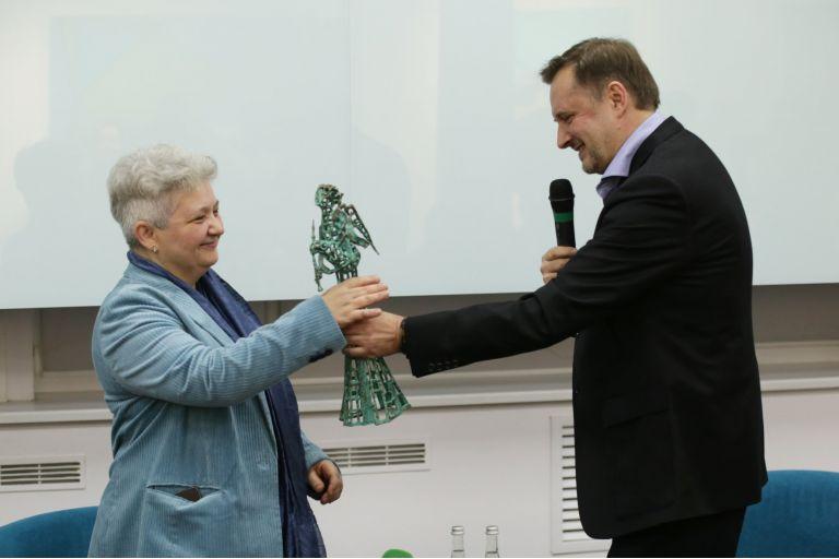 Премію ім. Юрія Шевельова за есеїстику отримала Діана Клочко